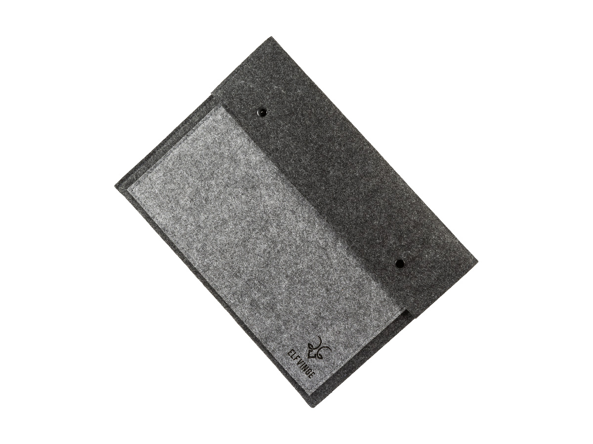 Standing Bradford Wool Laptop Cover
